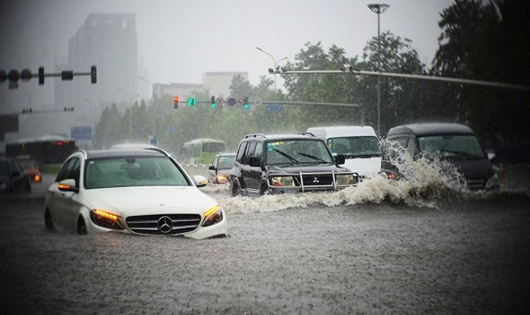 Xử lý khi xe ngập nước để tránh chết máy
