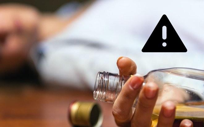 Tụ tập uống rượu tại Hà Nội giữa dịch Covid - 19, hai người tử vong, nhiều người phải cấp cứu