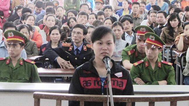 Sát nhân Hoa nhận mức án chung thân vì tội ác của mình