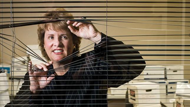 nữ luật sư Jennifer Keller