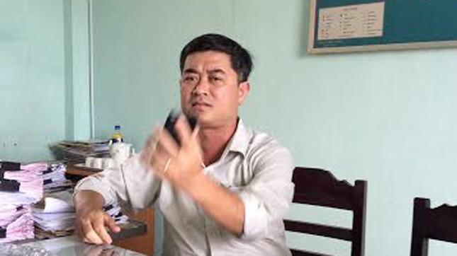 Ông Trần Mạnh Hùng, Chủ tịch phường Hương Hồ.  Ảnh: Quang Tám