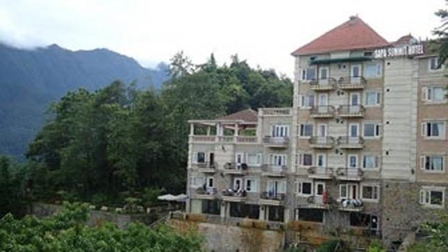 Khách sạn Đỉnh Cao bị tố được cấp giấy chứng nhận thiếu minh bạch