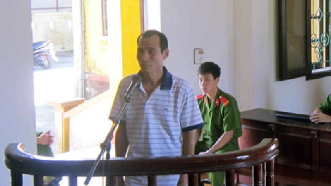 Gã chồng chém vợ trả án sau 13 năm trốn nã