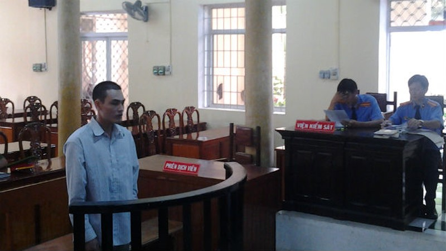 Trốn truy nã 9 năm vẫn không thoát khỏi án 10 năm tù vì hiếp dâm trẻ em