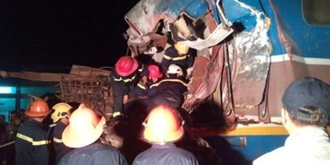 Cứu hộ vụ tai nạn tàu SE5