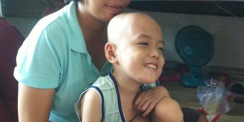 Bệnh nhi ung thư khắc khoải nỗi đau mồ côi mẹ