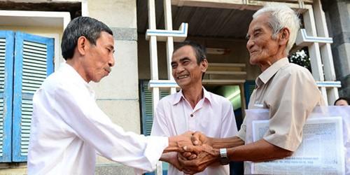 Sáng nay, ông Huỳnh Văn Nén được xin lỗi công khai