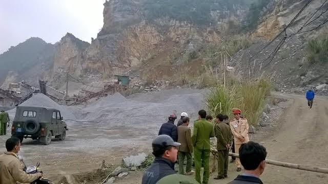 4 người tử vong, 3 người còn mắc kẹt trong vụ sập mỏ đá