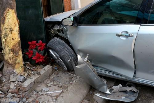 Chiếc xe Camry gây tai nạn