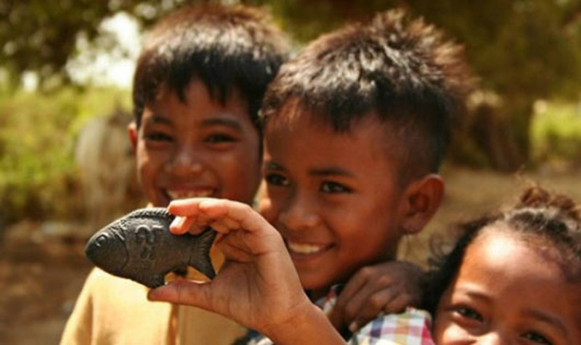 Con cá sắt chữa bệnh thiếu máu cho người Campuchia