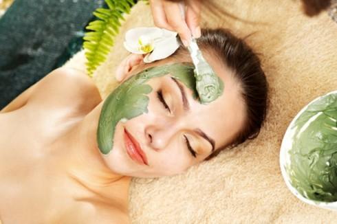 green-vegetables-face-mask