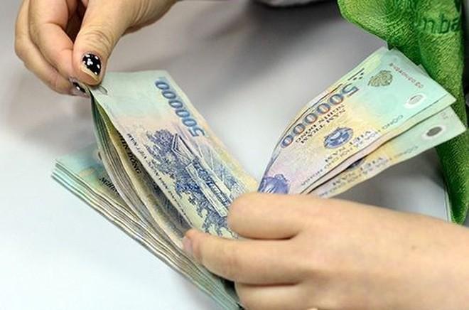 Tăng lương cơ bản lên 1,3 triệu đồng