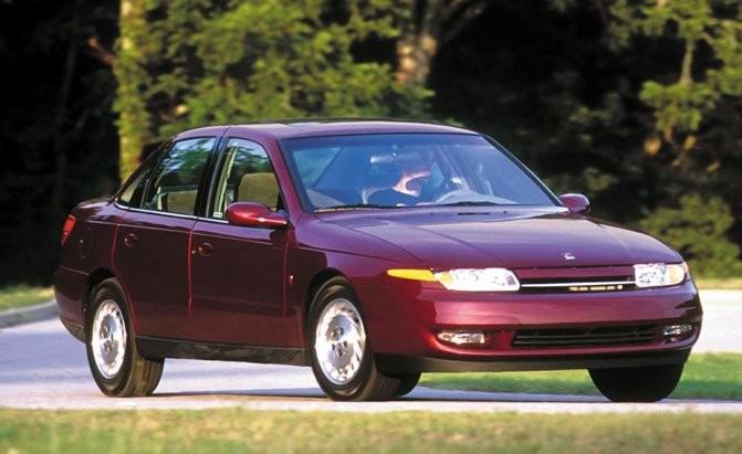 10 mẫu ô tô cũ kém an toàn không nên mua - ảnh 1
