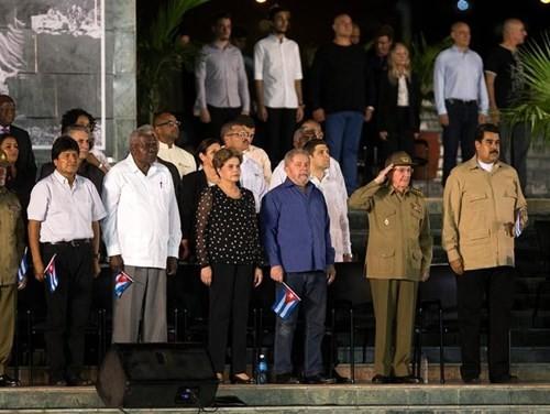 Lễ tưởng niệm lãnh tụ Fidel Castro tại Santiago de Cuba ảnh 6