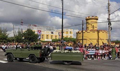 Lễ tưởng niệm lãnh tụ Fidel Castro tại Santiago de Cuba ảnh 1