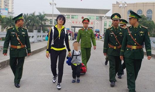 Giải cứu thành công bé trai 3 tuổi bị bắt cóc sang Trung Quốc
