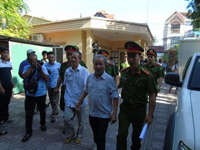 An ninh thắt chặt tại phiên tòa xét xử vụ Đồng Tâm - ảnh 2
