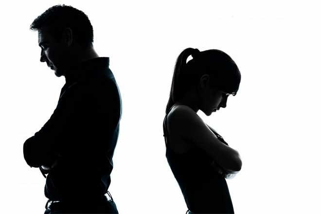 Có phải trả hết nợ mới được ly hôn?