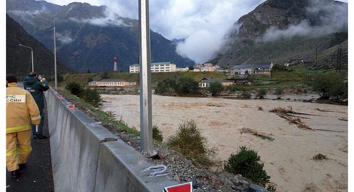 Nước lũ gây lở đất ở vùng rừng núi CH Kabardino-Balkaria thuộc Nga. Ảnh: sputniknews.com