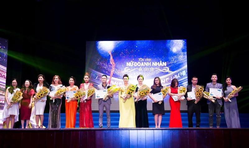 Trường Sơn Media tổ chức chương trình ý nghĩa tôn vinh nữ doanh nhân