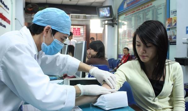 Không dừng hợp đồng KCB BHYT tại các bệnh viện tư nhân.