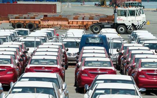 Xe Ấn mất chỗ, xe Đức, Anh, Nhật về Việt Nam bắt đầu tăng giá - Ảnh 1.