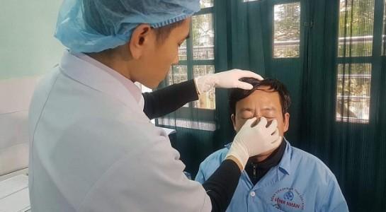 Bắt khẩn cấp người đấm gãy mũi bác sỹ đang cấp cứu bệnh nhân