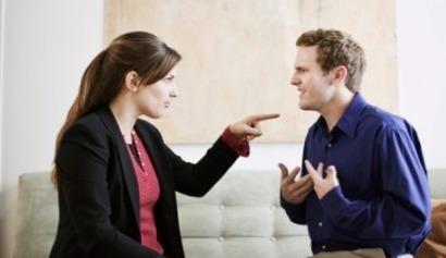 Học cao vẫn bị vợ 'dìm' vì lương thấp
