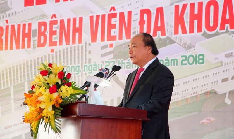 Thủ tướng Nguyễn Xuân Phúc phát biểu tại khánh thành Bệnh viện Đa khoa Vĩnh Long.