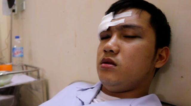 Thực tập sinh Trần Nhật Giáp đang phải theo dõi chấn thương sọ não, đang điều trị tại khoa Ngoại Thần kinh