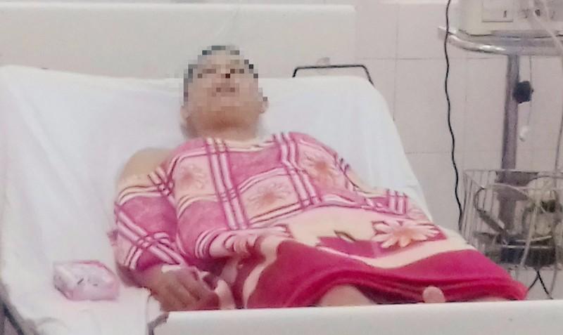 Đối tượng Lê Thành Tín khi được điều trị tại bệnh viện.