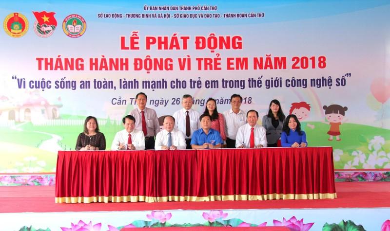 Lễ ký kết phối hợp triển khai các hoạt động phòng chống đuối nước và tai nạn thương tích trẻ em trên địa bàn TP Cần Thơ giai đoạn 2018-2022.
