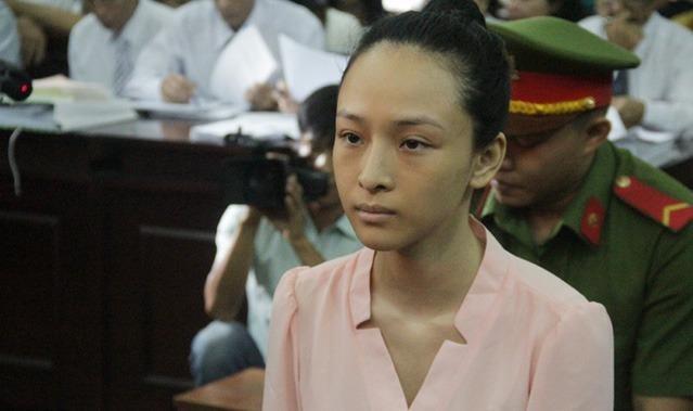 Trương Hồ Phương Nga trong phiên sơ thẩm lần 2.