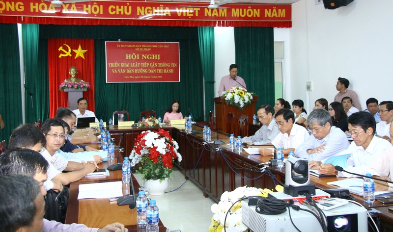 Quang cảnh Hội nghị trực tuyến triển khai Luật Tiếp cận thông tin do Sở Tư pháp TP Cần Thơ tổ chức chiều ngày 5/7 tại TP Cần thơ.