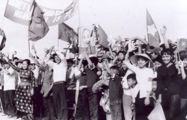 Mãi tỏa sáng tinh thần Cách mạng Tháng Tám!