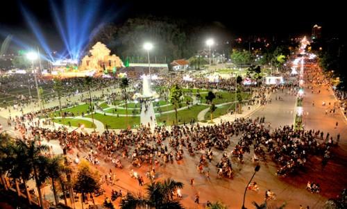 Lễ hội thành Tuyên hằng năm được tổ chức vào dịp trung thu. Ảnh: TQĐT