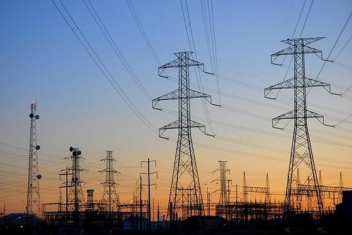Có Giấy phép hoạt động điện lực vẫn cần chứng chỉ xây dựng?