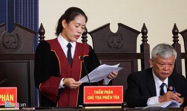 Chủ tọa phiên tọa, thẩm phán Nguyễn Thị Thùy Hương,