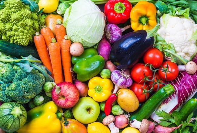 Một số nghiên cứu cho thấy những người duy trì sử dụng thực phẩm nuôi trồng hữu cơ có tỷ lệ mắc ung thư thấp hơn (Ảnh minh họa)