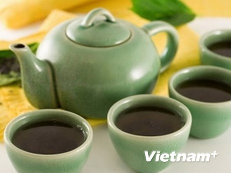 Uống trà thường xuyên giúp giảm nguy cơ gãy xương