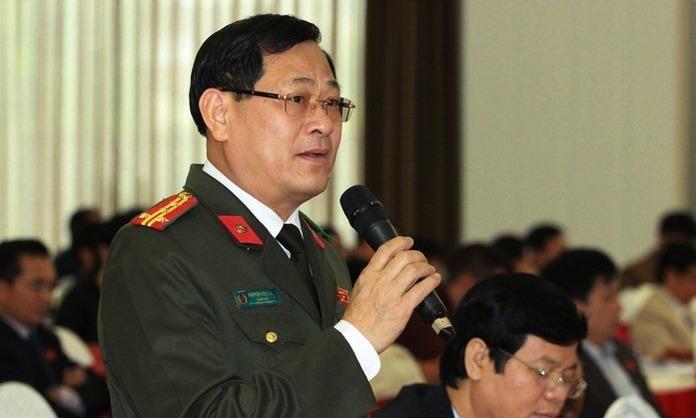 Đại tá Nguyễn Hữu Cầu  Giám đốc Công an tỉnh Nghệ An- cho biết: Cơ quan chức năng phát hiện một số kẻ xấu liên hệ với những người phụ nữ vùng dân tộc thiểu số mang thai từ tháng thứ 6 trở lên, tìm cách đưa sang Trung Quốc.