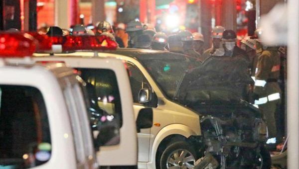 Vụ tai nạn sau phút giao thừa ở Nhật: Xe điên hay âm mưu khủng bố?