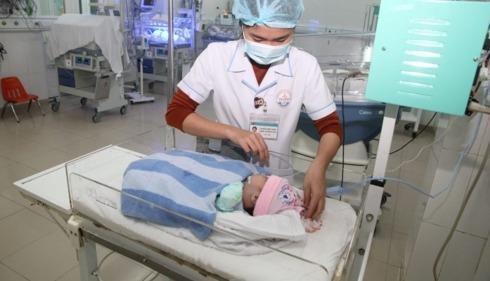 Cứu cháu bé sơ sinh bị người nhà bỏ lại tại bệnh viện