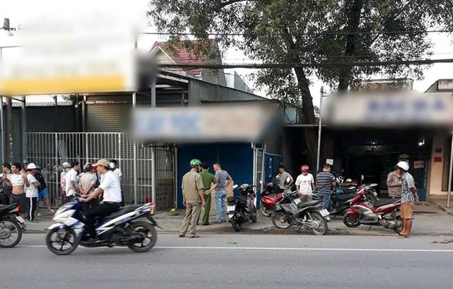 Đồng Nai: Hốt hoảng phát hiện nam thanh niên chết bí ẩn trong tư thế ngồi trên xe máy - Ảnh 1.