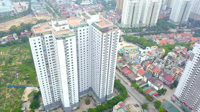 Người dân ở chung cư do Tập đoàn Mường Thanh xây dựng vui mừng trước việc Bộ TN-MT yêu cầu Hà Nội dừng thu hồi sỏ đỏ