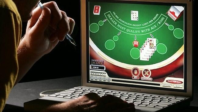 Ngừng cấp phép kinh doanh đánh bạc trên mạng