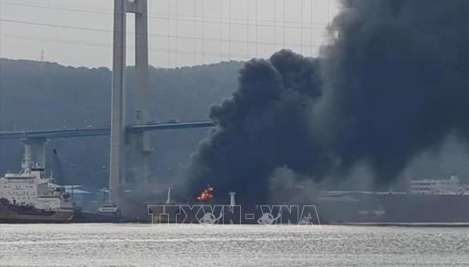 18 người bị thương trong vụ nổ tàu chở dầu tại Hàn Quốc,