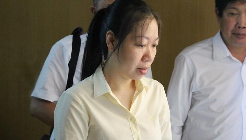 Bị cáo Lê Thị Minh Hiền tại tòa.