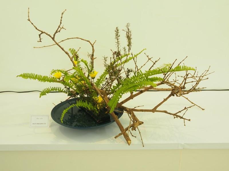 Một tác phẩm cắm hoa theo pong cách Ikebana Nhật Bản.