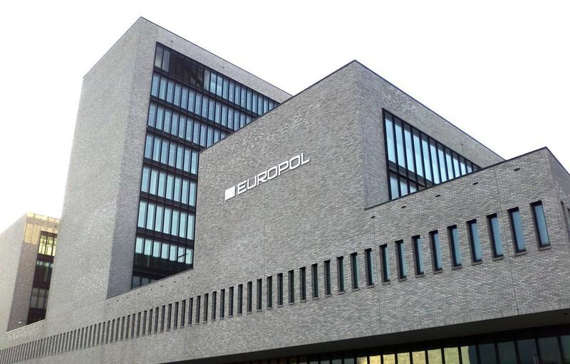 Europol xóa hàng chục nghìn thông tin cực đoan trên mạng xã hội